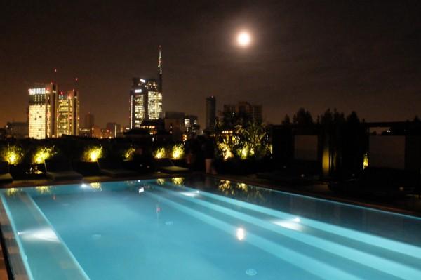 Festa in piscina milano top reservation locali milano for Piscina x cani milano