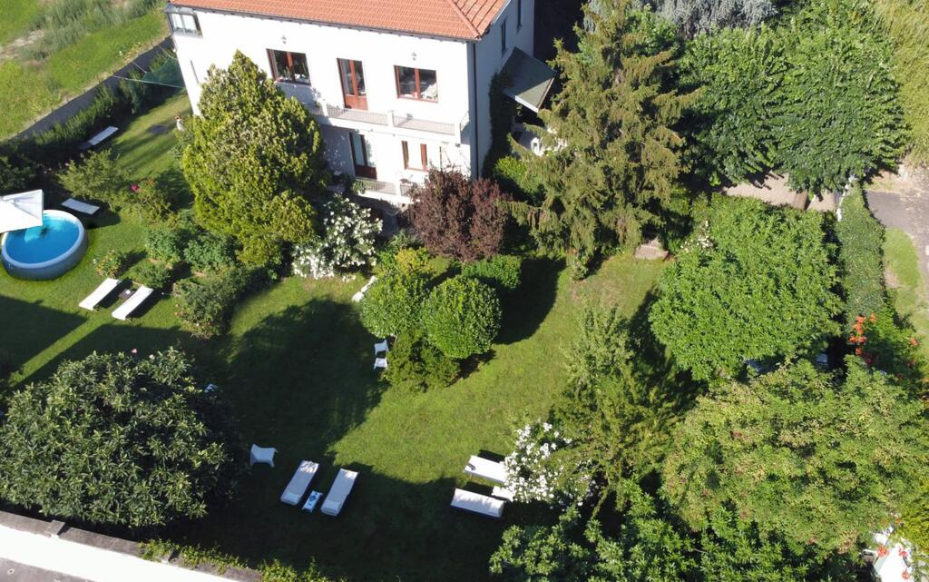 Villa Gardone 22 Milano